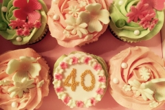 personalised cupcakes london herts bespoke cakes (54)