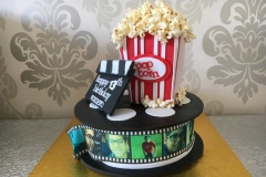 children-novelty-personalised-cakes-by-mey-(3)